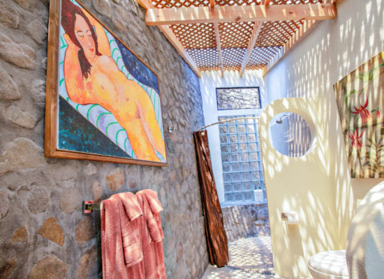Villa_Sumaya_Ginger_Suite_21_Bathroom_Art