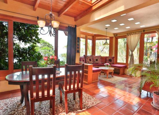 Villa_Sumaya_Ginger_Suite_22_Diningroom